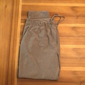 Lululemon Jet Crop Slims